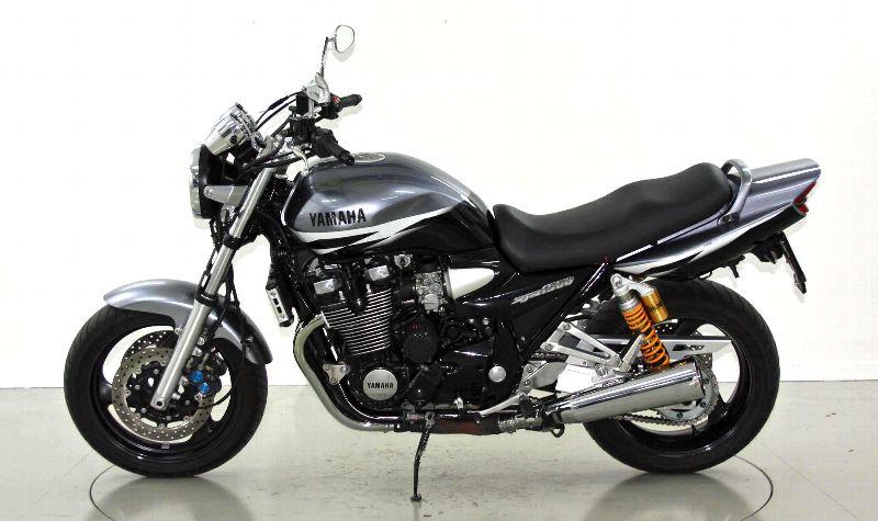 motorrad occasion kaufen yamaha xjr 1300 rp06 moto center. Black Bedroom Furniture Sets. Home Design Ideas