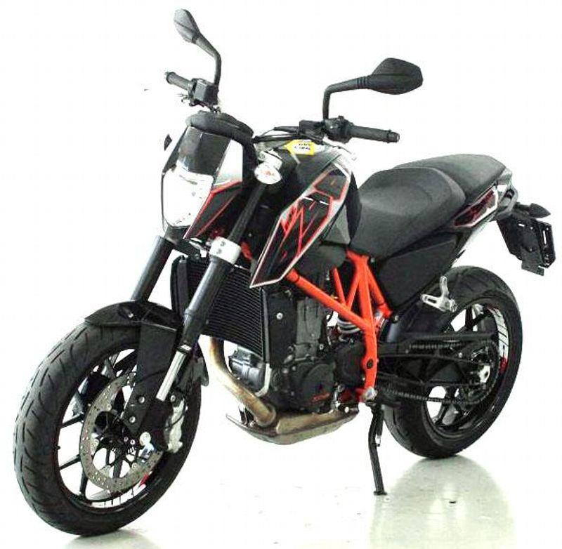 motorrad occasion kaufen ktm 690 duke moto center winterthur winterthur. Black Bedroom Furniture Sets. Home Design Ideas