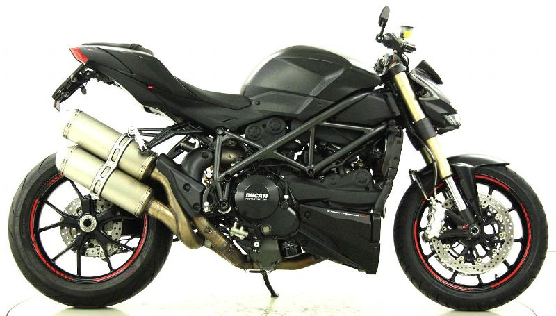 moto occasions acheter ducati 848 streetfighter moto center winterthur winterthur. Black Bedroom Furniture Sets. Home Design Ideas