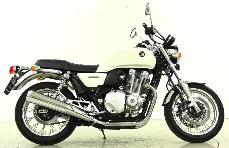 moto occasions acheter honda cb 1100 sa moto center winterthur winterthur. Black Bedroom Furniture Sets. Home Design Ideas