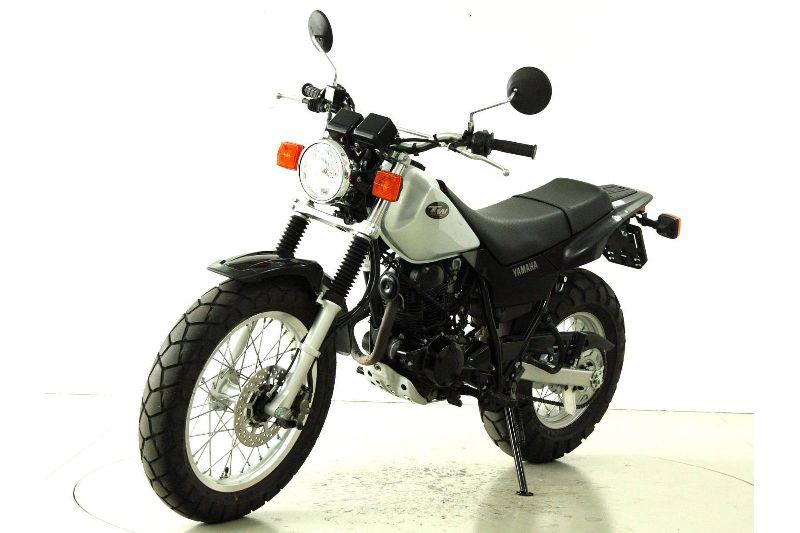 motorrad occasion kaufen yamaha tw 125 moto center winterthur winterthur. Black Bedroom Furniture Sets. Home Design Ideas