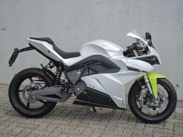 Motorrad kaufen ENERGICA Ego mit Zubehör Vorführmodell