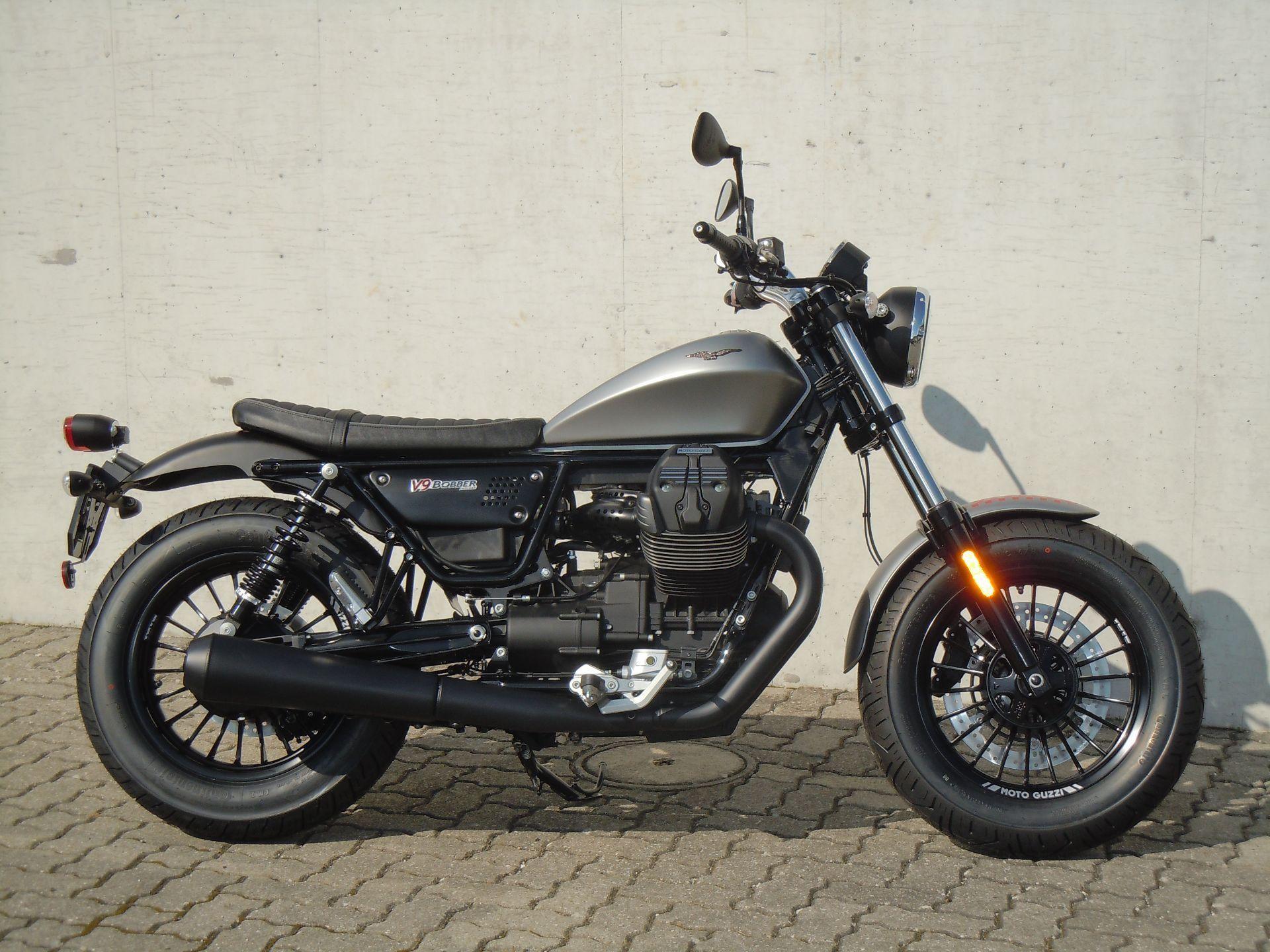 motorrad occasion kaufen moto guzzi v9 bobber abs rolf gall superbikes ag b tzberg. Black Bedroom Furniture Sets. Home Design Ideas