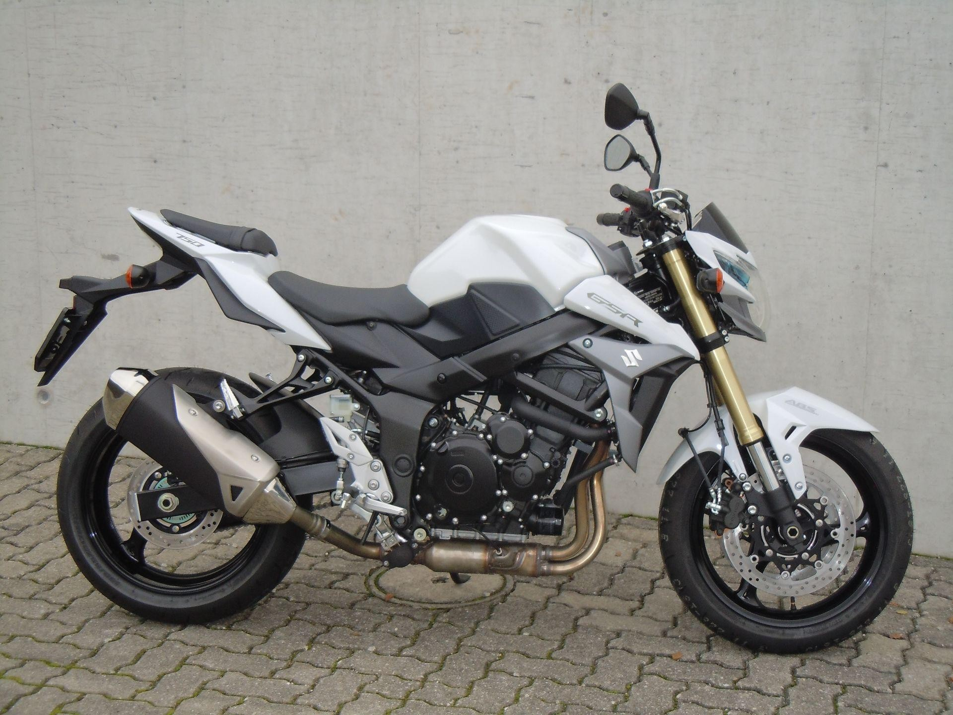 moto neuve acheter suzuki gsr 750 a rolf gall superbikes ag b tzberg. Black Bedroom Furniture Sets. Home Design Ideas