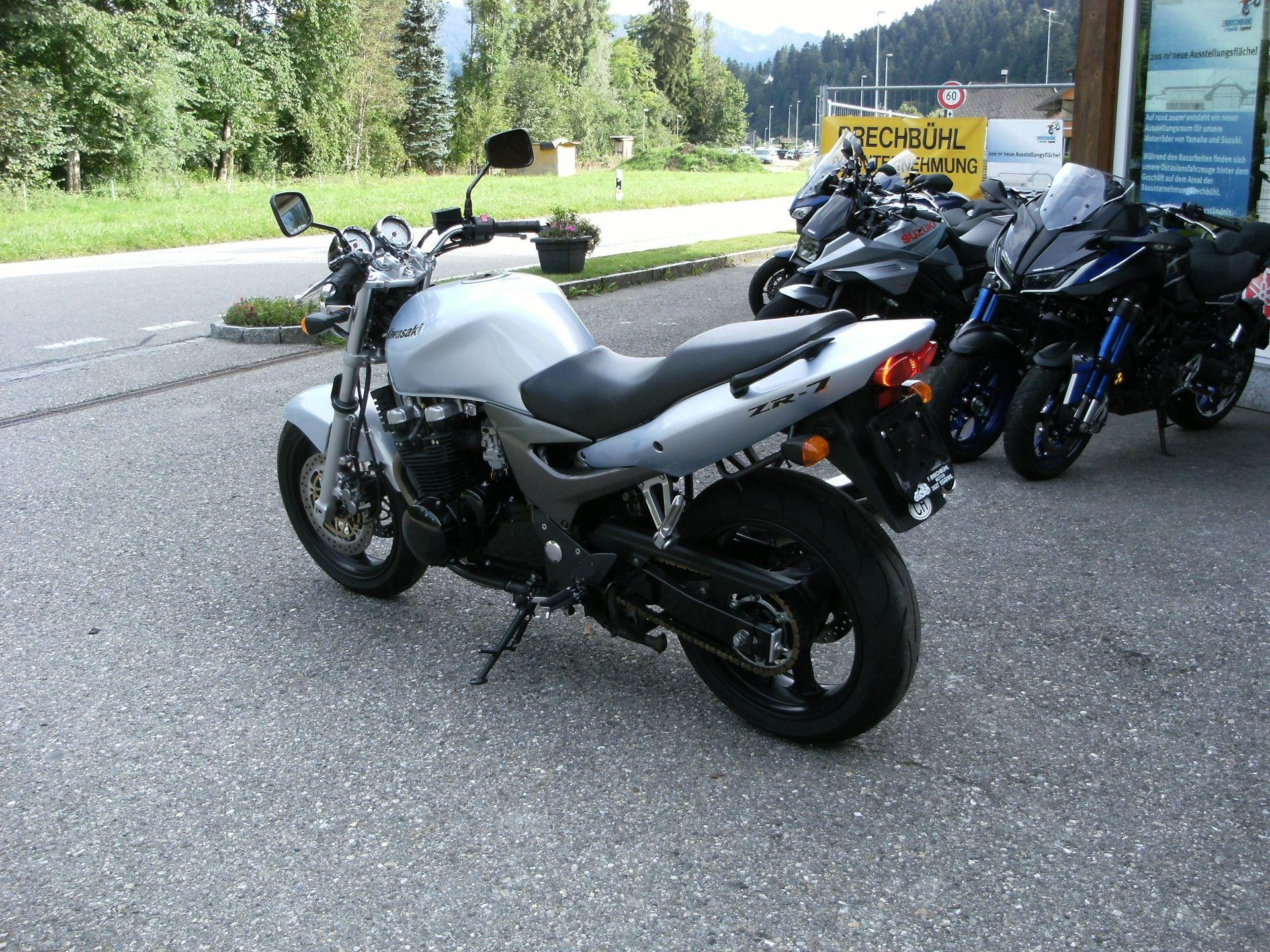 Motorrad Occasion kaufen KAWASAKI ZR-7 Brechbühl 2-Rad AG