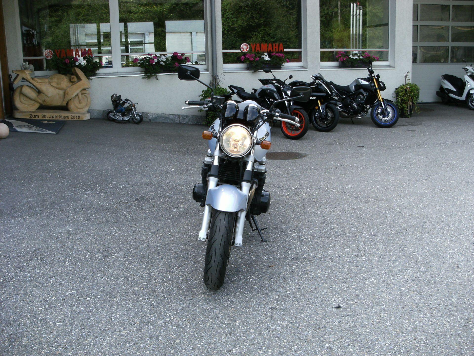 Motorrad Occasion kaufen KAWASAKI ZR-7 Zweiradcenter