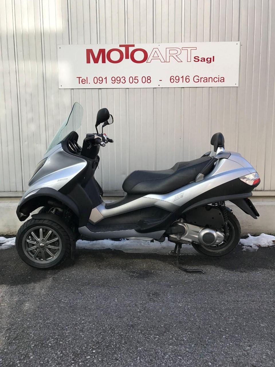 motorrad occasion kaufen piaggio mp3 250 i e 3 rad 69 moto art sagl grancia. Black Bedroom Furniture Sets. Home Design Ideas
