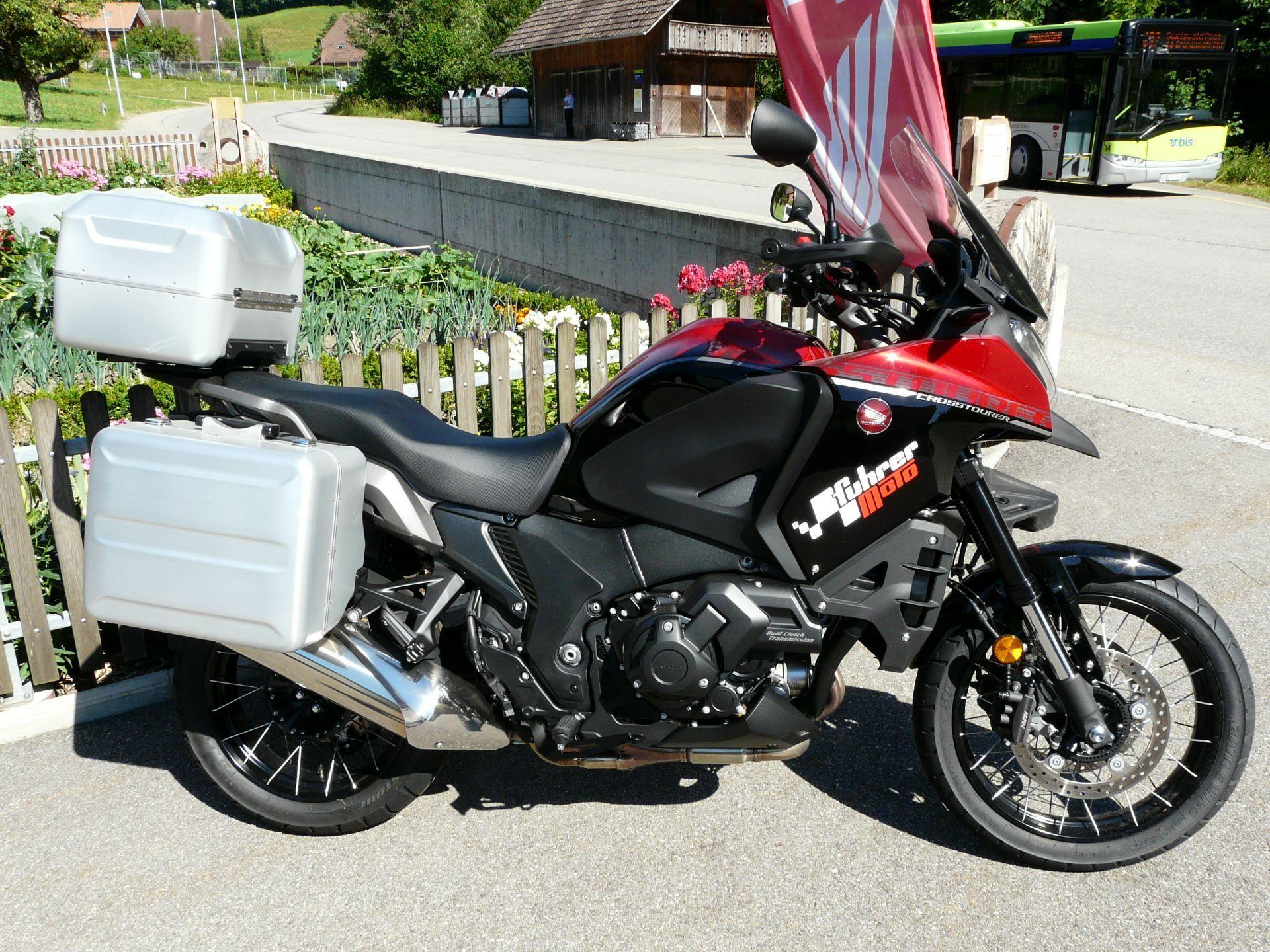 motorrad occasion kaufen honda vfr 1200 xd crosstourer dual clutch abs fuhrer moto heimisbach. Black Bedroom Furniture Sets. Home Design Ideas
