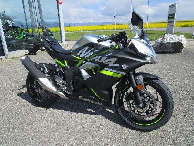 Acheter une moto KAWASAKI Ninja 125 neuve