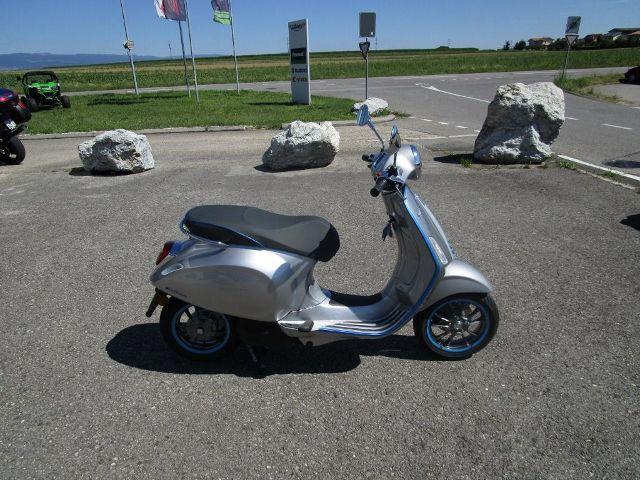 Motorrad kaufen PIAGGIO Vespa Elettrica L3 70 km/h Neufahrzeug