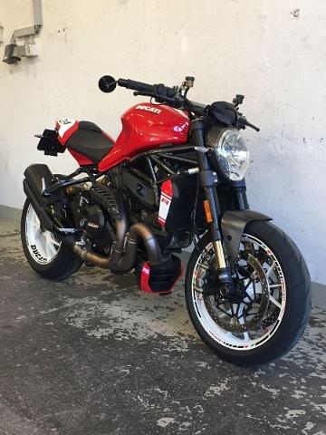 Motorrad kaufen DUCATI 1200 Monster R ABS  Blickfang Occasion