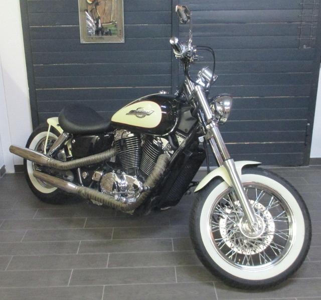 Motorrad kaufen HONDA VT 1100 C2 Shadow B2R Bobber Occasion