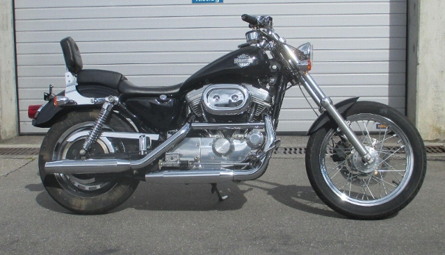 Motorrad kaufen HARLEY-DAVIDSON XLH 883 STD Sportster Occasion