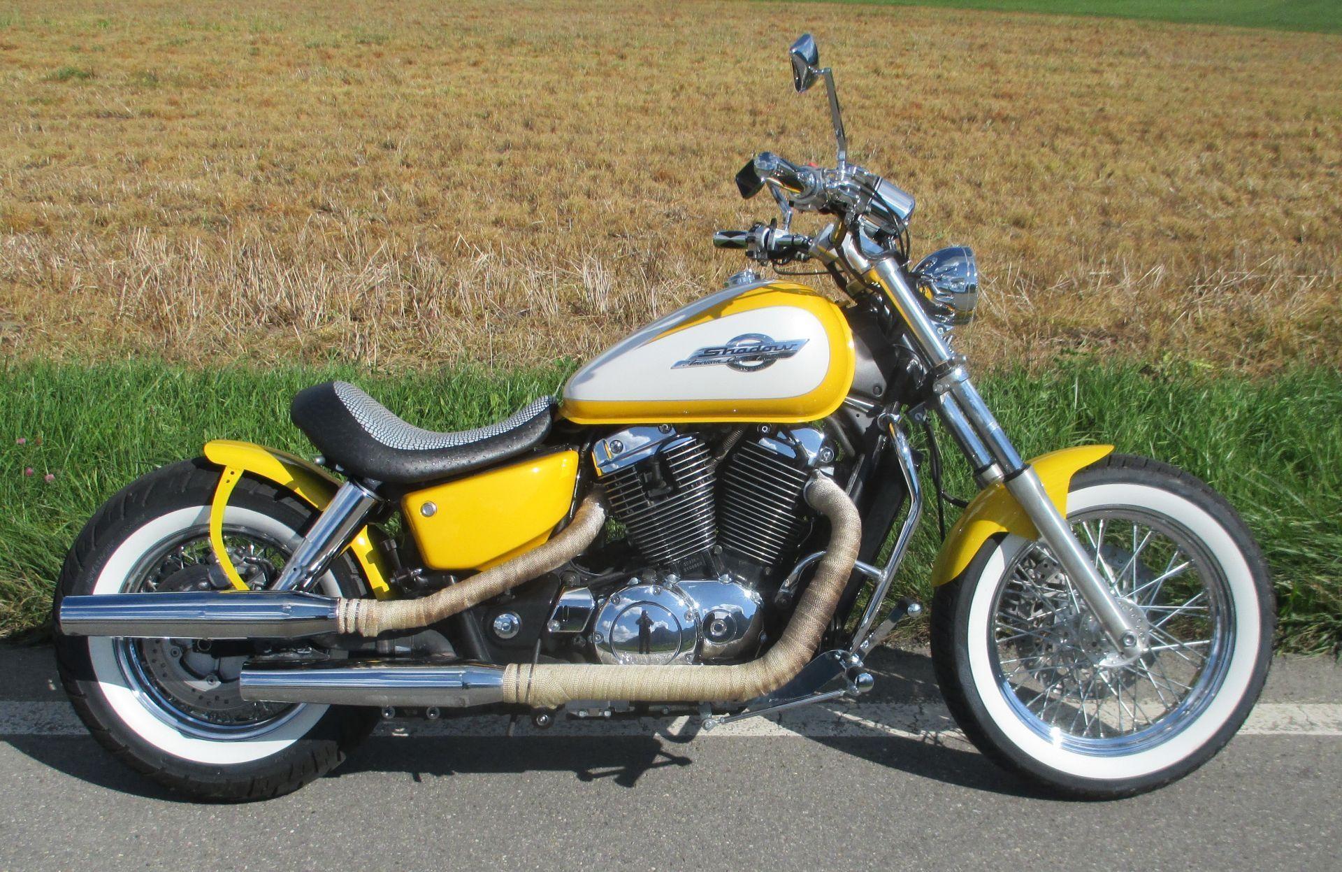 moto occasions acheter honda vt 1100 c2 shadow b2r bobber bikes 2 rock thun. Black Bedroom Furniture Sets. Home Design Ideas