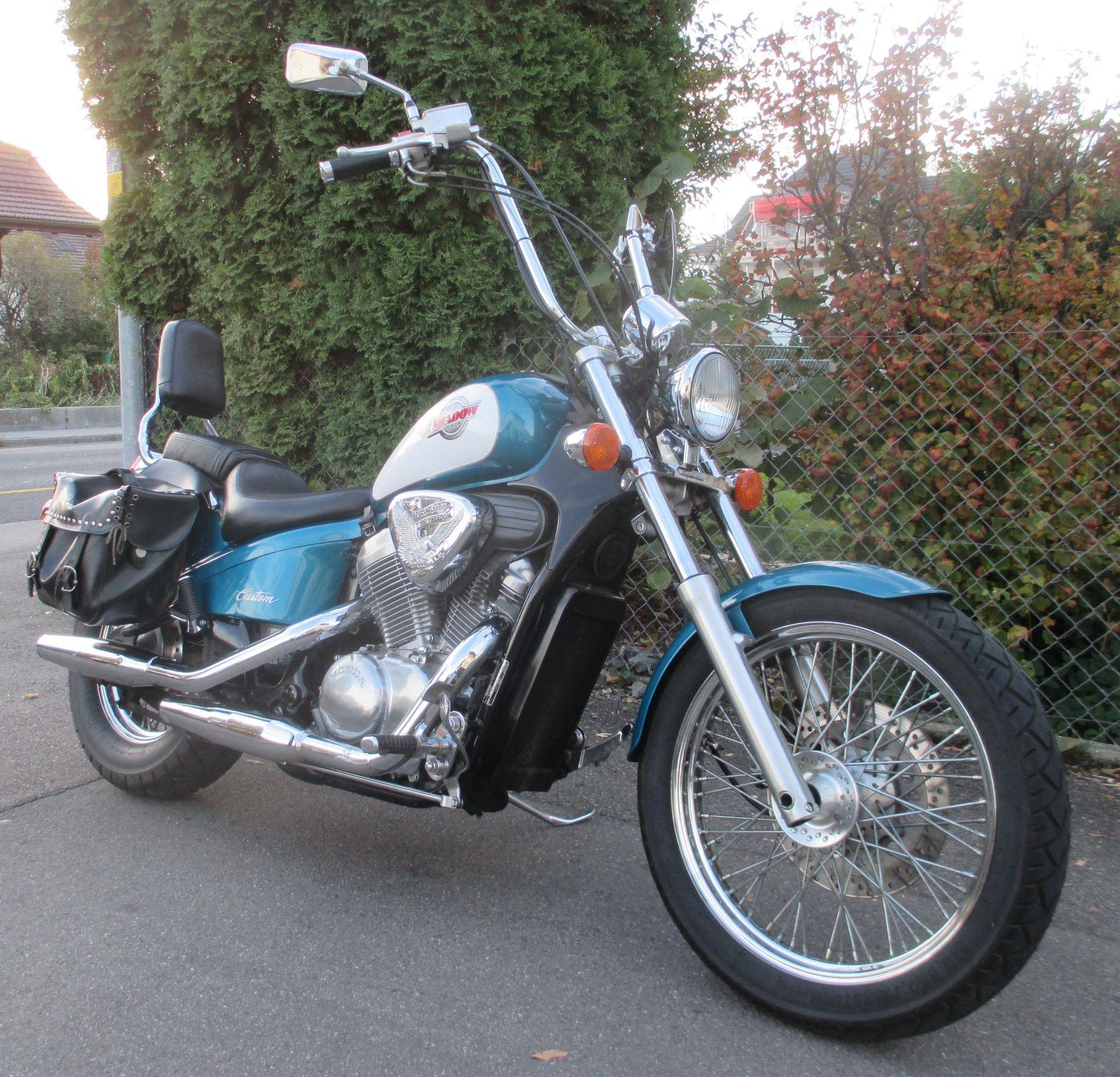 motorrad occasion kaufen honda vt 600 c shadow bikes 2 rock thun. Black Bedroom Furniture Sets. Home Design Ideas