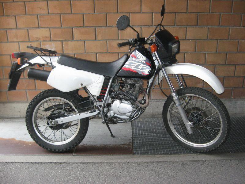 Buy Motorbike Pre Owned Honda Xl 125 R Motosecours Acacias