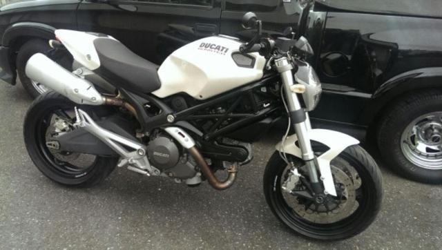 Motorrad kaufen DUCATI 696 Monster Black-white Occasion