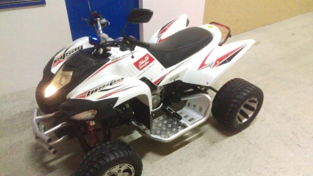 Motorrad kaufen AEON Cobra 400 Beeline 500 Bestia Occasion