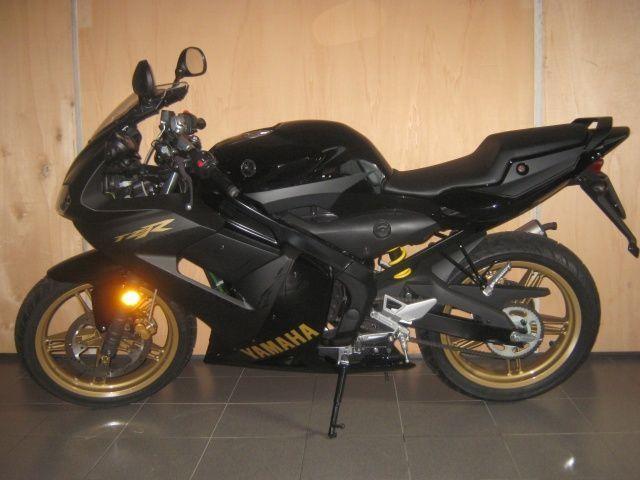motorrad occasion kaufen yamaha tzr 50 r1 ok ab 16j mcs motorbikes heimberg. Black Bedroom Furniture Sets. Home Design Ideas
