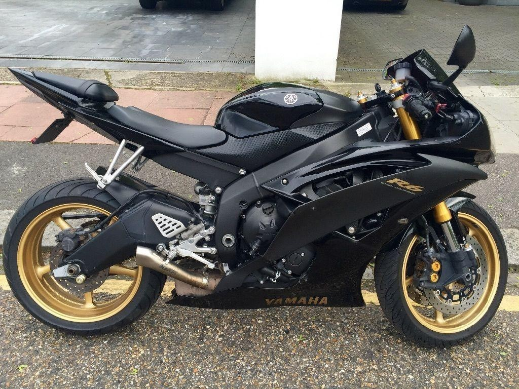motorrad occasion kaufen yamaha yzf r6 supersport mcs motorbikes heimberg. Black Bedroom Furniture Sets. Home Design Ideas