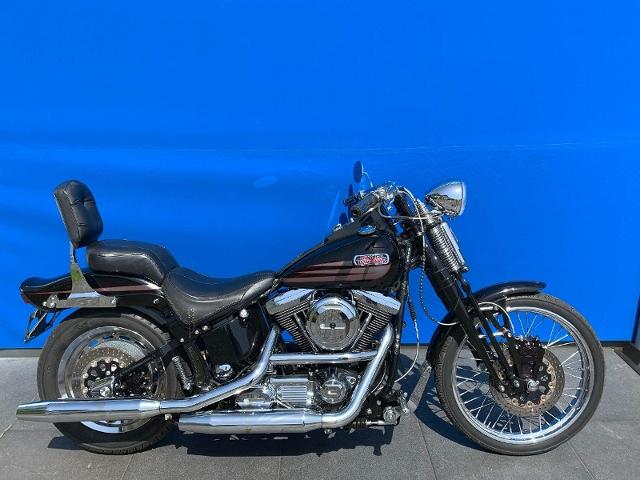 Motorrad kaufen HARLEY-DAVIDSON FXSTSB 1340 Softail Bad Boy Occasion