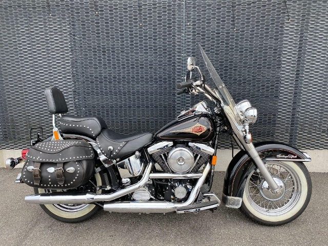 Motorrad kaufen HARLEY-DAVIDSON FLSTC 1340 Softail Heritage Classic Occasion