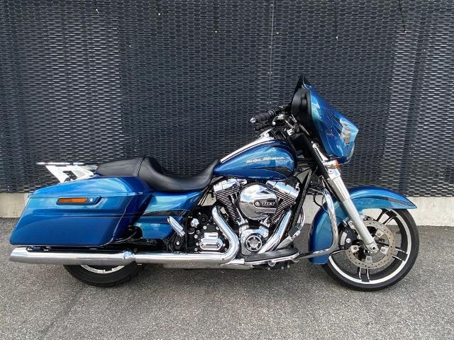 Motorrad kaufen HARLEY-DAVIDSON FLHX 1690 Street Glide ABS Occasion