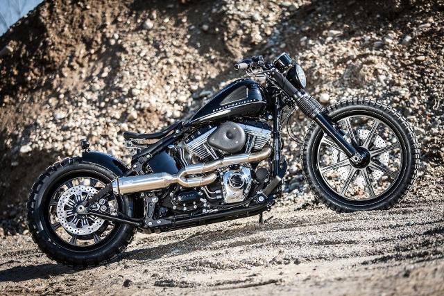 Motorrad kaufen HARLEY-DAVIDSON FXS 1585 Softail Blackline ABS Occasion