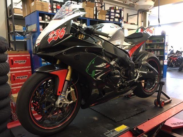 Motorrad kaufen APRILIA RSV 4 1000 SBK Racing Privatverkauf Occasion