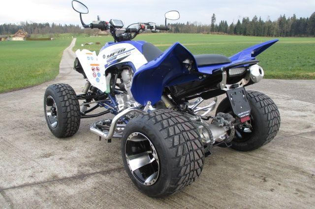 moto veicoli nuovi acquistare yamaha quad yfm 700 r raptor. Black Bedroom Furniture Sets. Home Design Ideas
