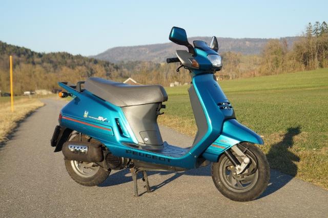 Buy motorbike PEUGEOT SV 125 C Pre-owned