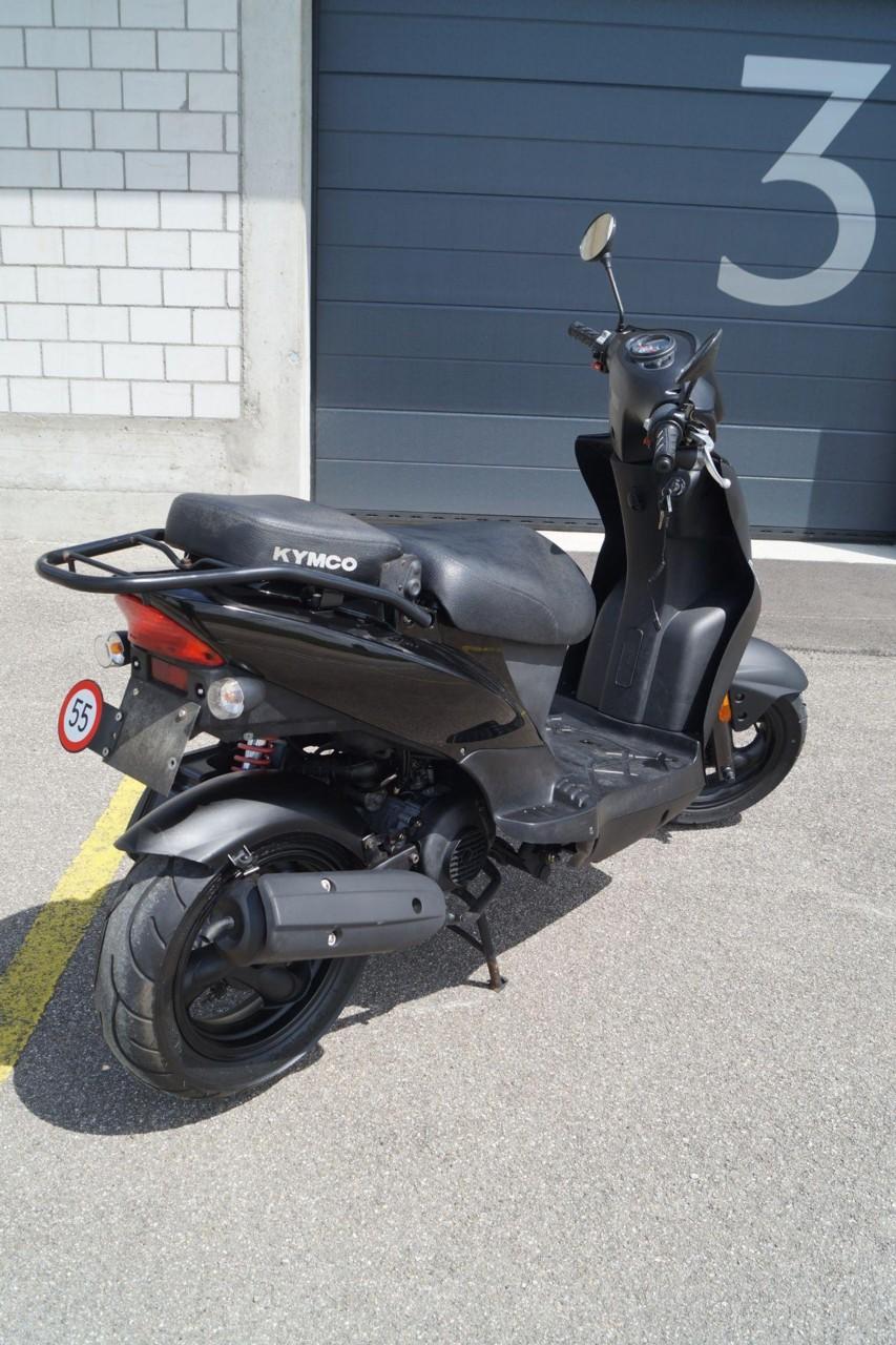 moto occasioni acquistare kymco agility 50 motoshop ziegler schleitheim. Black Bedroom Furniture Sets. Home Design Ideas