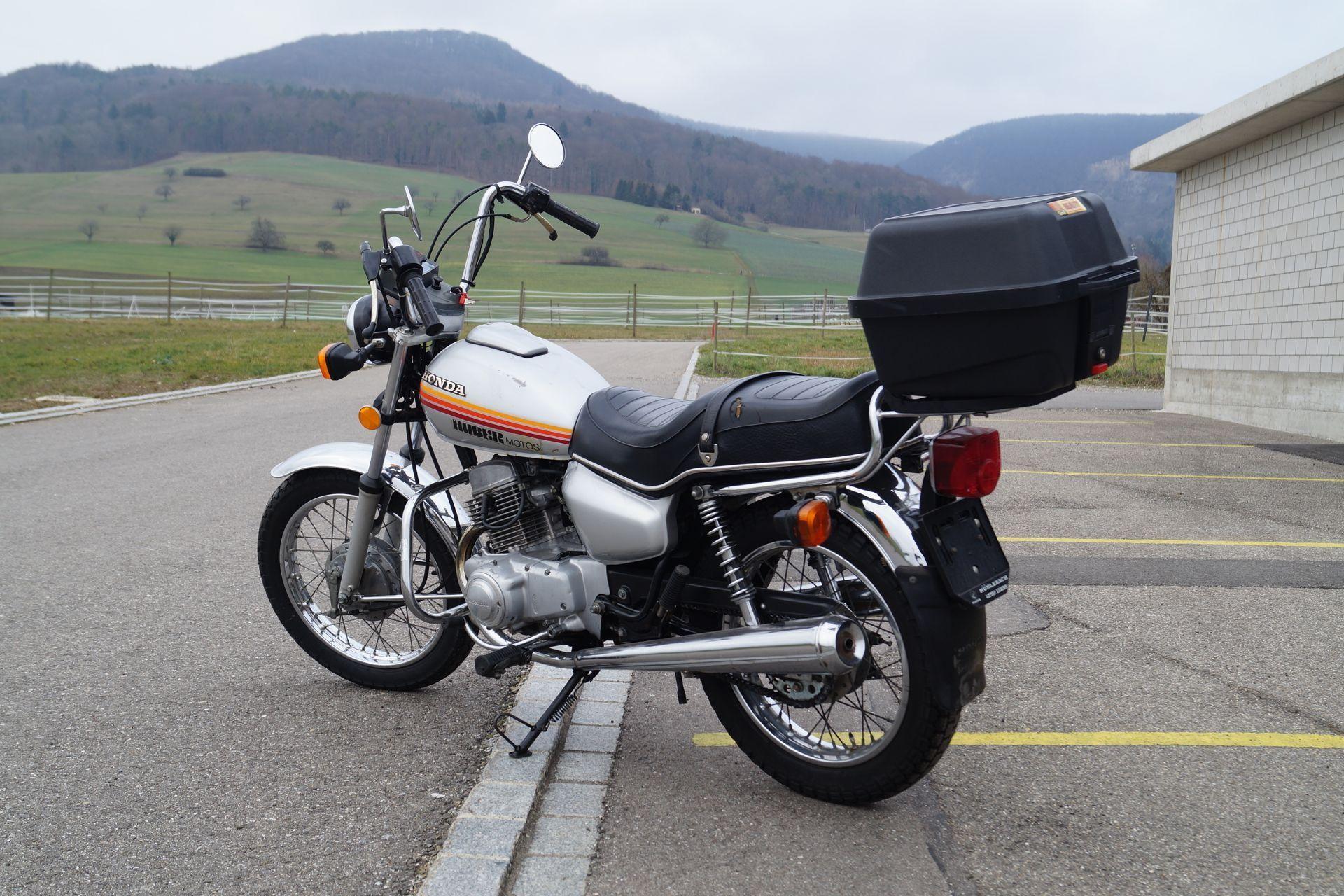 moto oldtimer acquistare honda cm 125 t motoshop ziegler. Black Bedroom Furniture Sets. Home Design Ideas