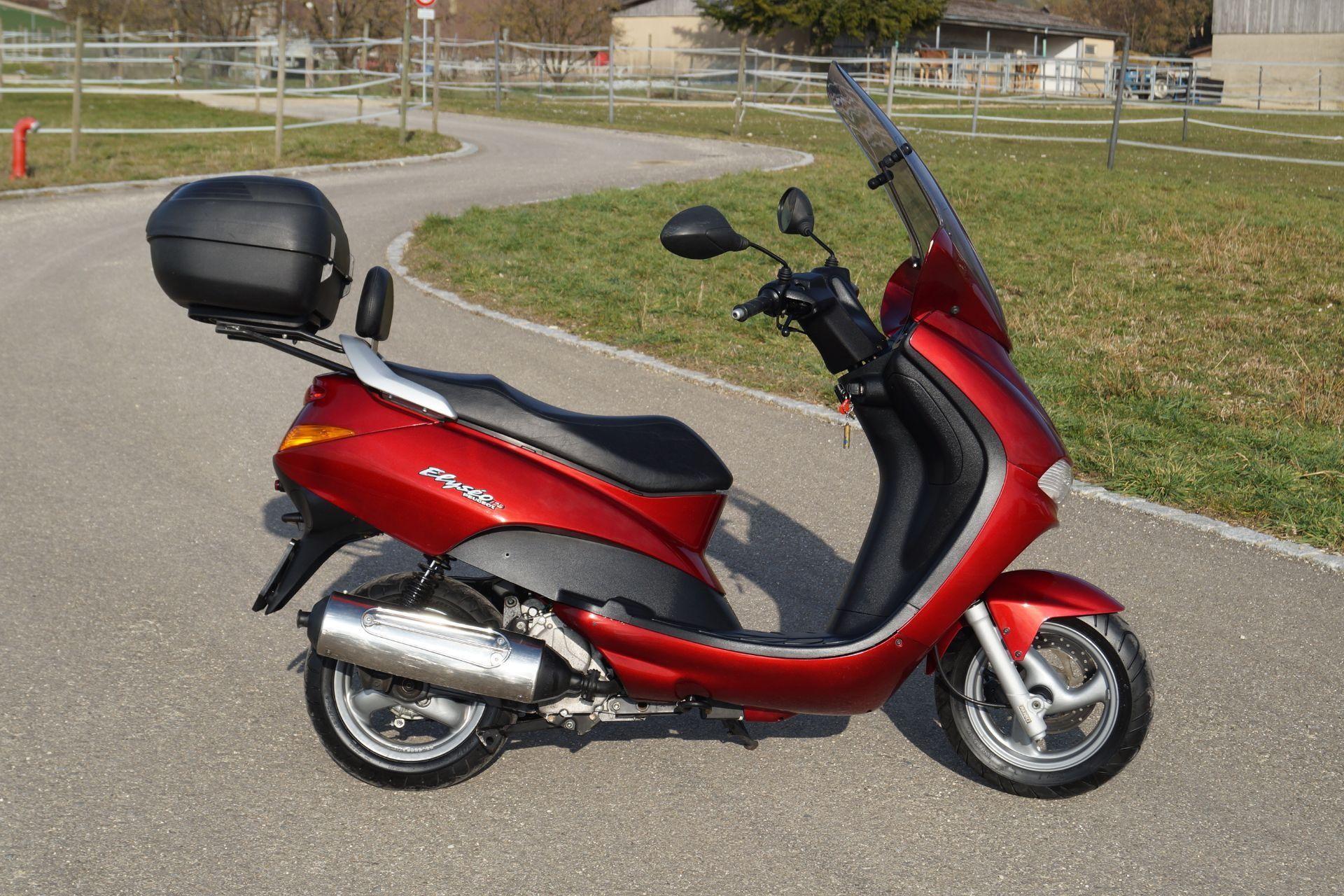 motorrad occasion kaufen peugeot elyseo 125 motoshop. Black Bedroom Furniture Sets. Home Design Ideas