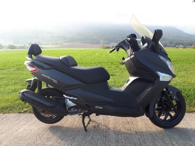 Motorrad kaufen SYM GTS 300i Occasion