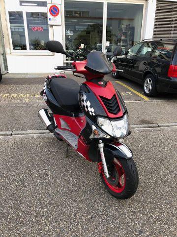 Motorrad kaufen KYMCO Super 9 50 LC Occasion