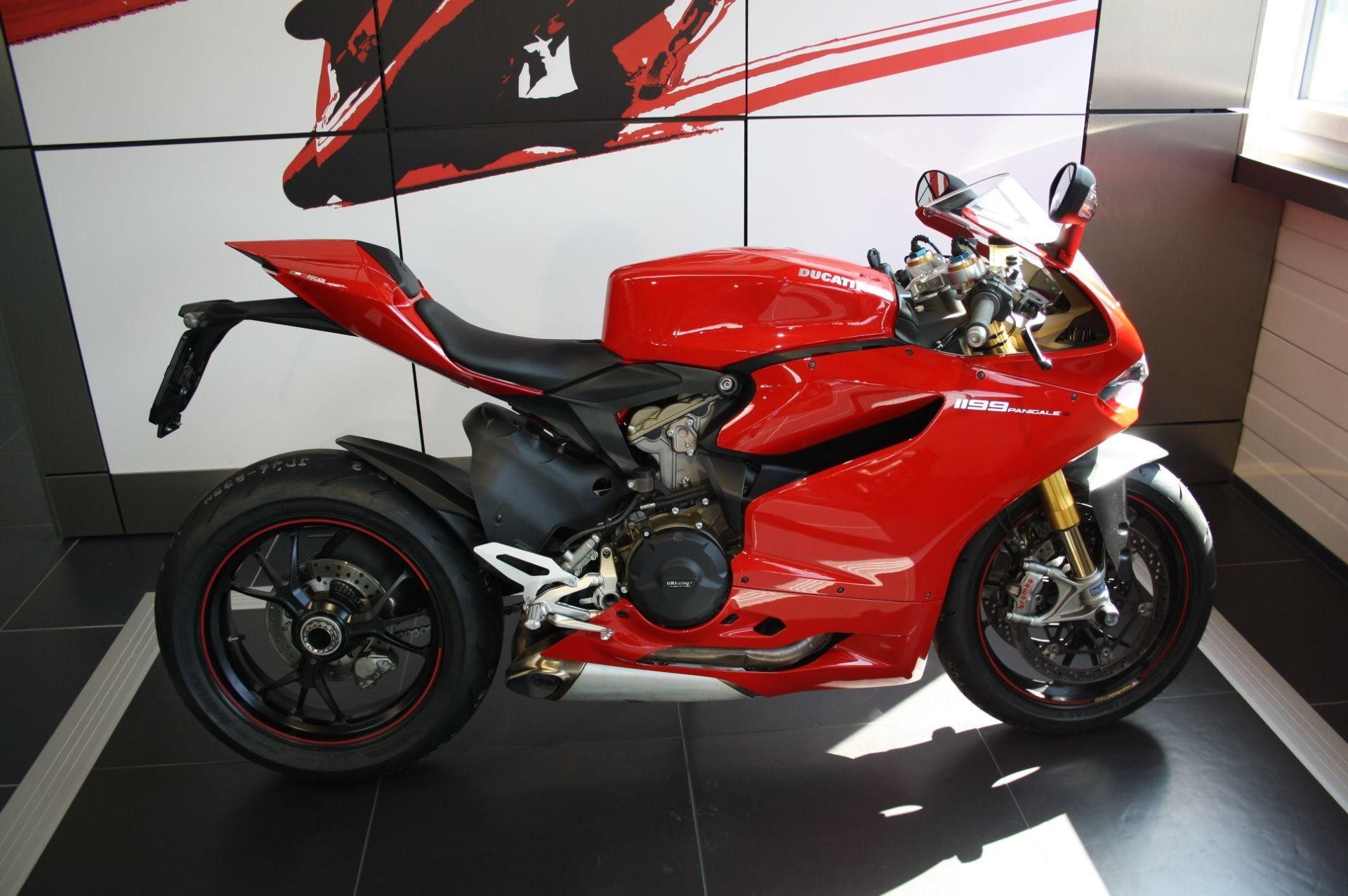 motorrad occasion kaufen ducati 1199 panigale s ducati. Black Bedroom Furniture Sets. Home Design Ideas