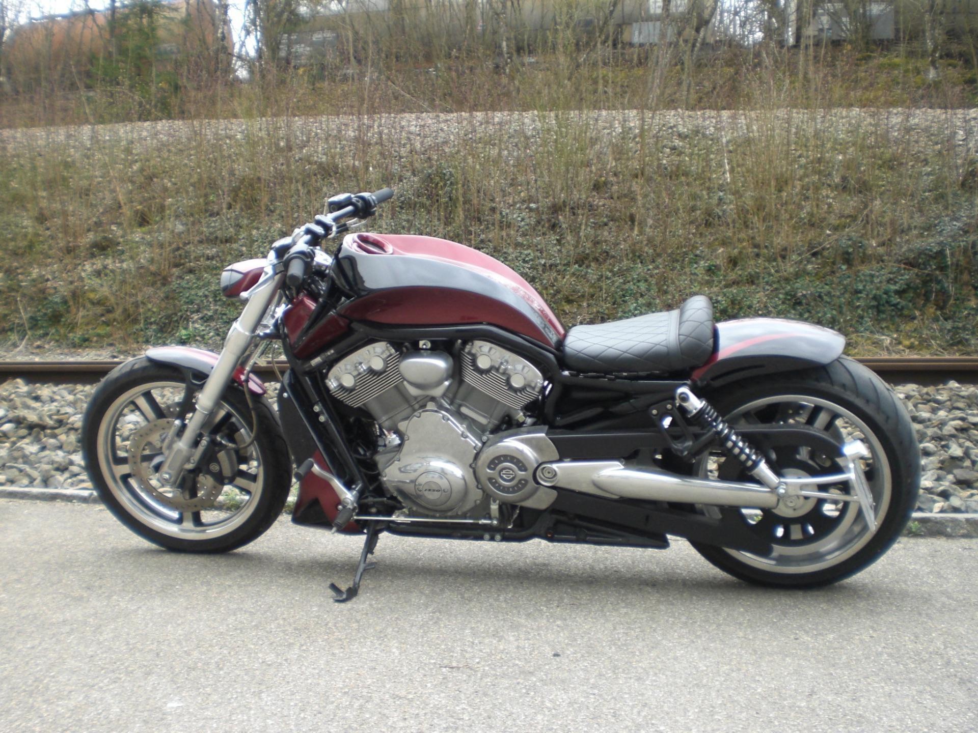 motorrad occasion kaufen harley davidson vrscf 1250 v rod muscle abs ors motos gmbh urdorf. Black Bedroom Furniture Sets. Home Design Ideas