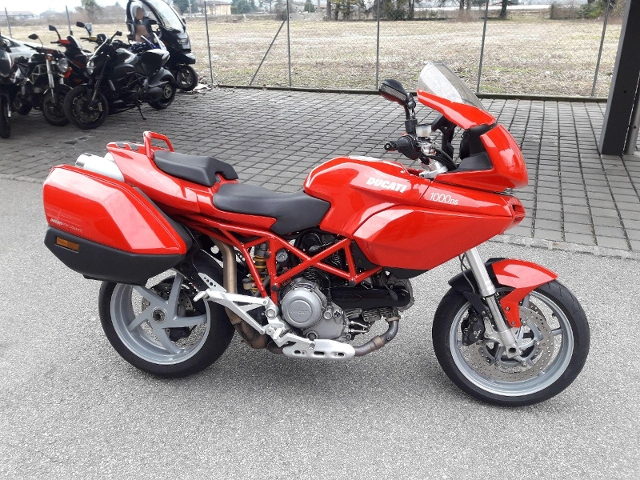 Motorrad kaufen DUCATI 1000 Multistrada DS Occasion