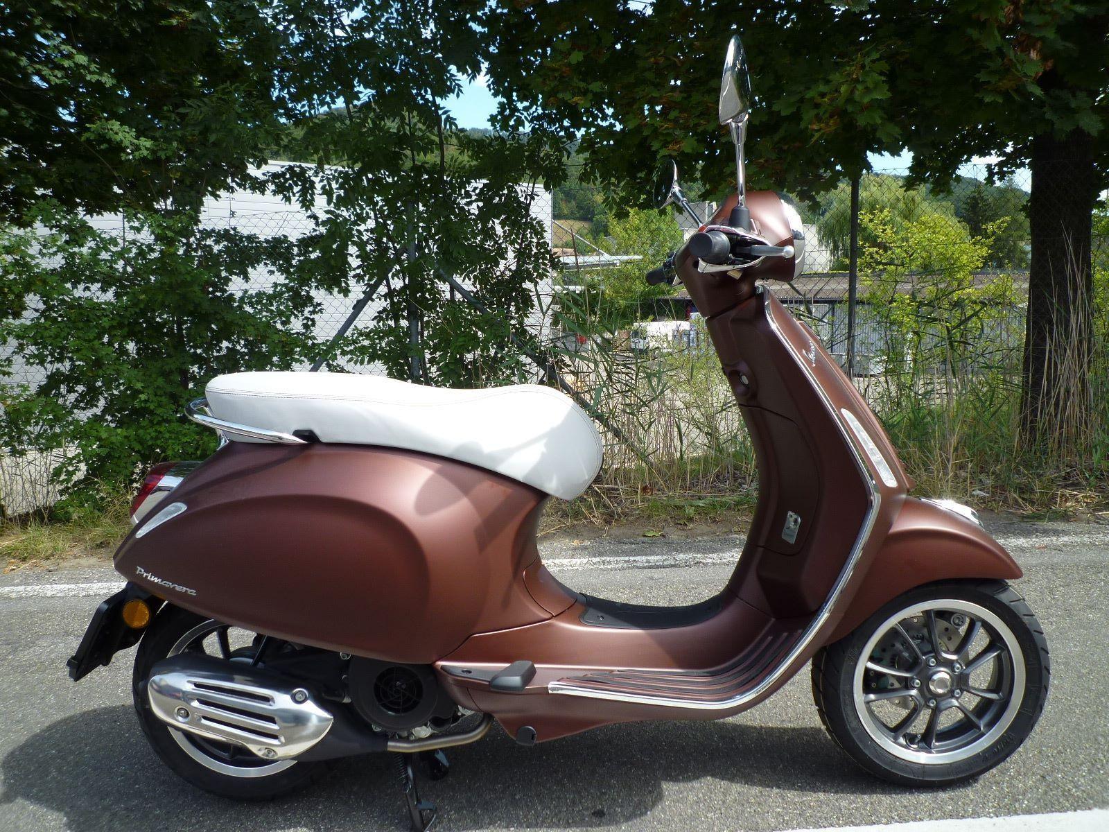 buy motorbike new vehicle bike piaggio vespa primavera 125 i e 3v 50 jahre version gr tter. Black Bedroom Furniture Sets. Home Design Ideas