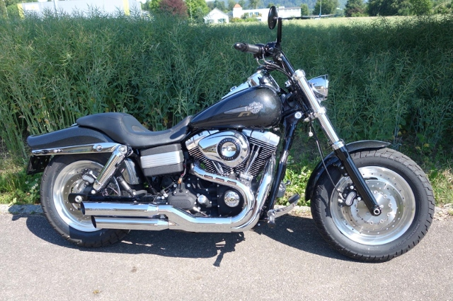 Motorrad kaufen HARLEY-DAVIDSON FXDF 1584 Dyna Fat Bob Occasion