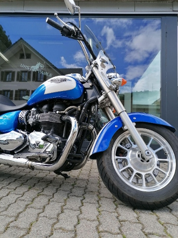 Motorrad kaufen TRIUMPH America 900 Occasion