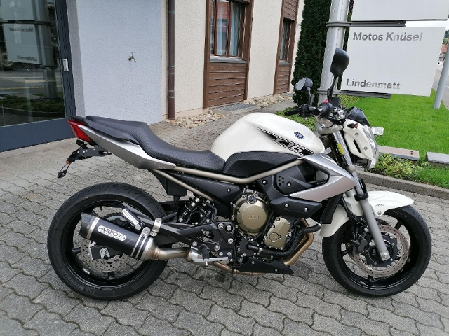 Motorrad kaufen YAMAHA XJ 6 N ABS Occasion
