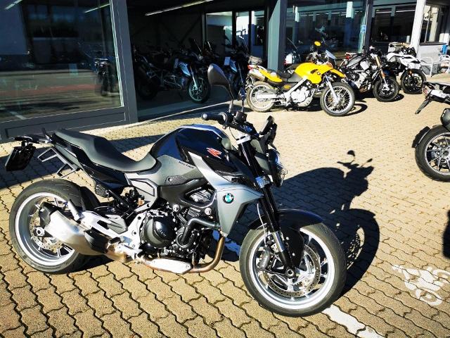 Motorrad kaufen BMW F 900 R Tiefergelegt Occasion