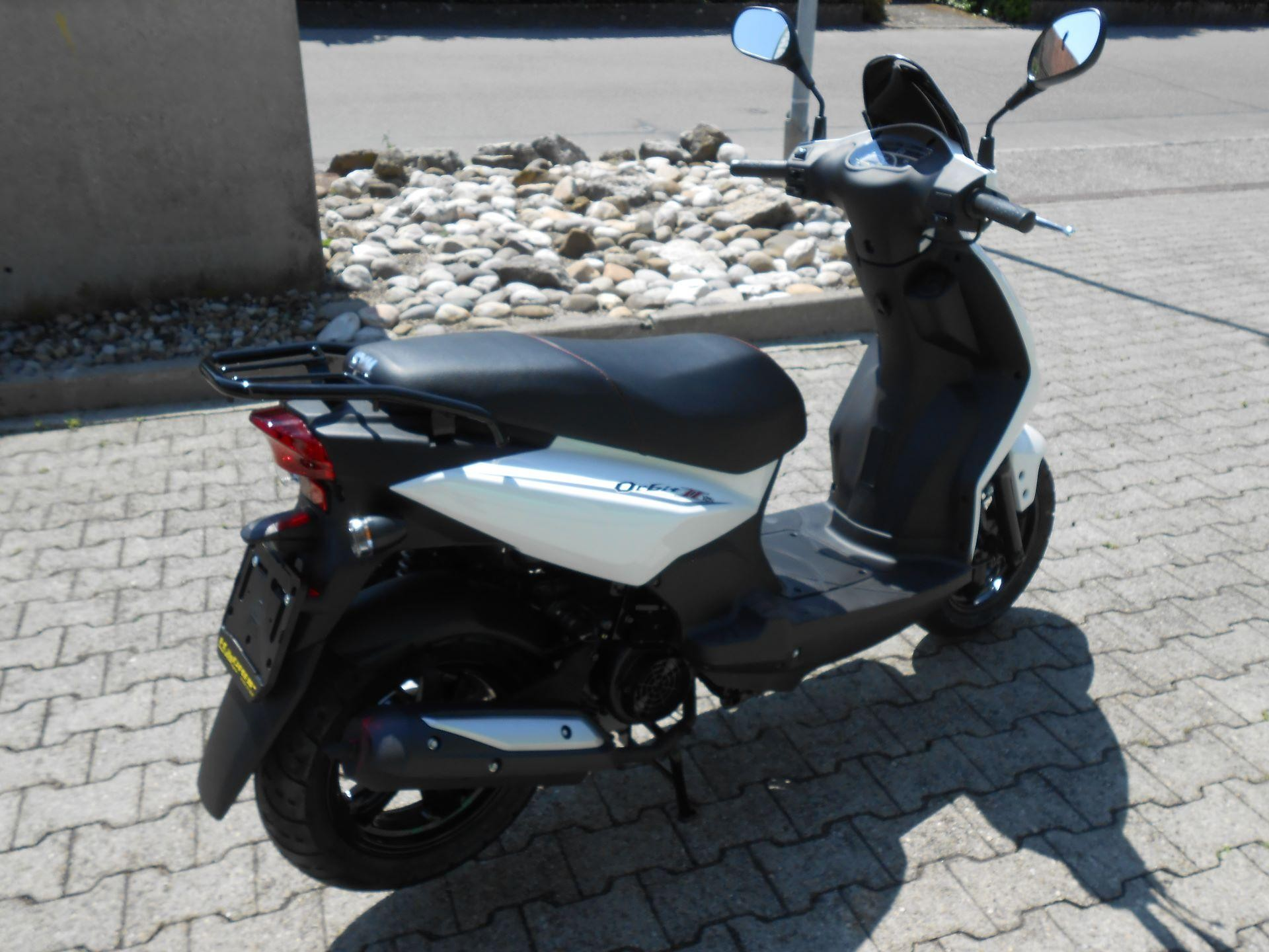 buy motorbike pre owned sym orbit ii 125 euro 4 moto. Black Bedroom Furniture Sets. Home Design Ideas