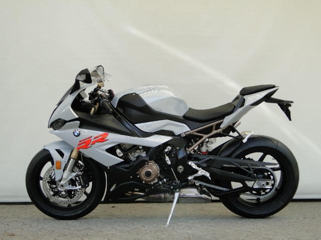 Motorrad kaufen BMW S 1000 RR mit Schmiedefelgen Vorführmodell