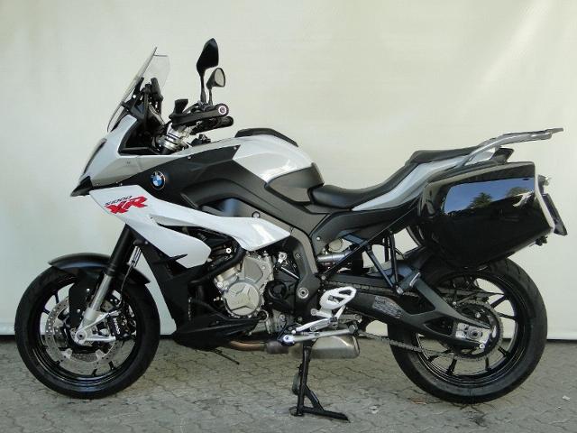 Motorrad kaufen BMW S 1000 XR ABS INKL. SEITENKOFFER UND AKRAPOVIC! Occasion