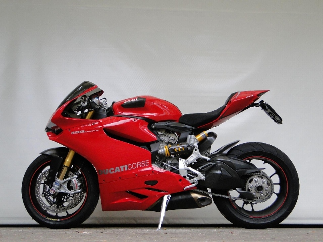 Motorrad kaufen DUCATI 1199 Superbike Panigale S ABS 12 Monate Garantie! Occasion