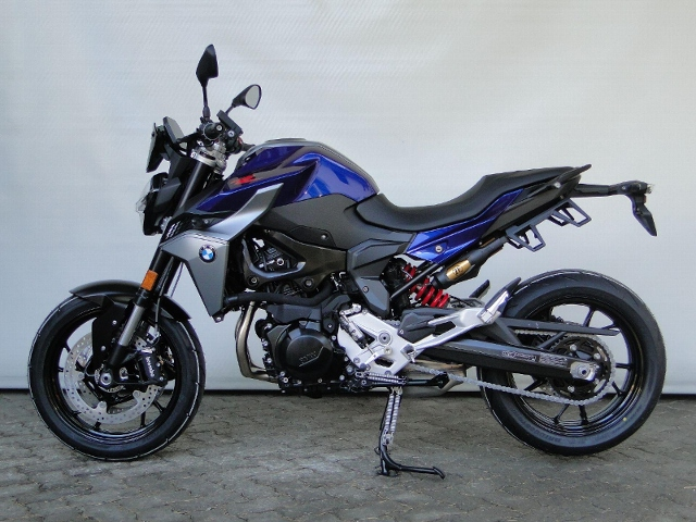 Motorrad kaufen BMW F 900 R 0.9% LEASING-AKTION Vorführmodell