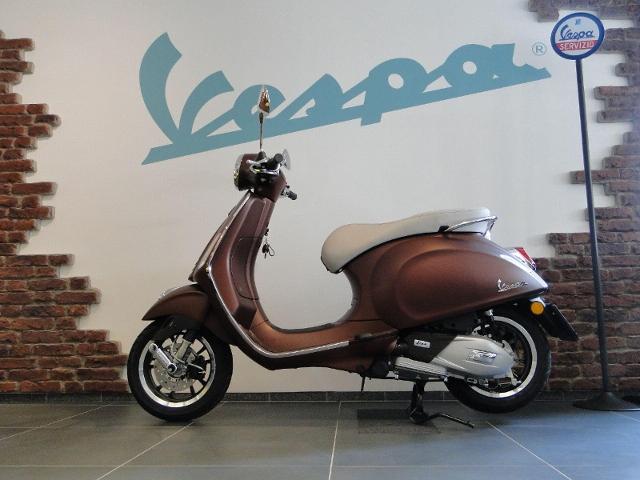 Motorrad kaufen PIAGGIO Vespa Primavera 125 ABS iGet 50th Anniversary NEU! Neufahrzeug